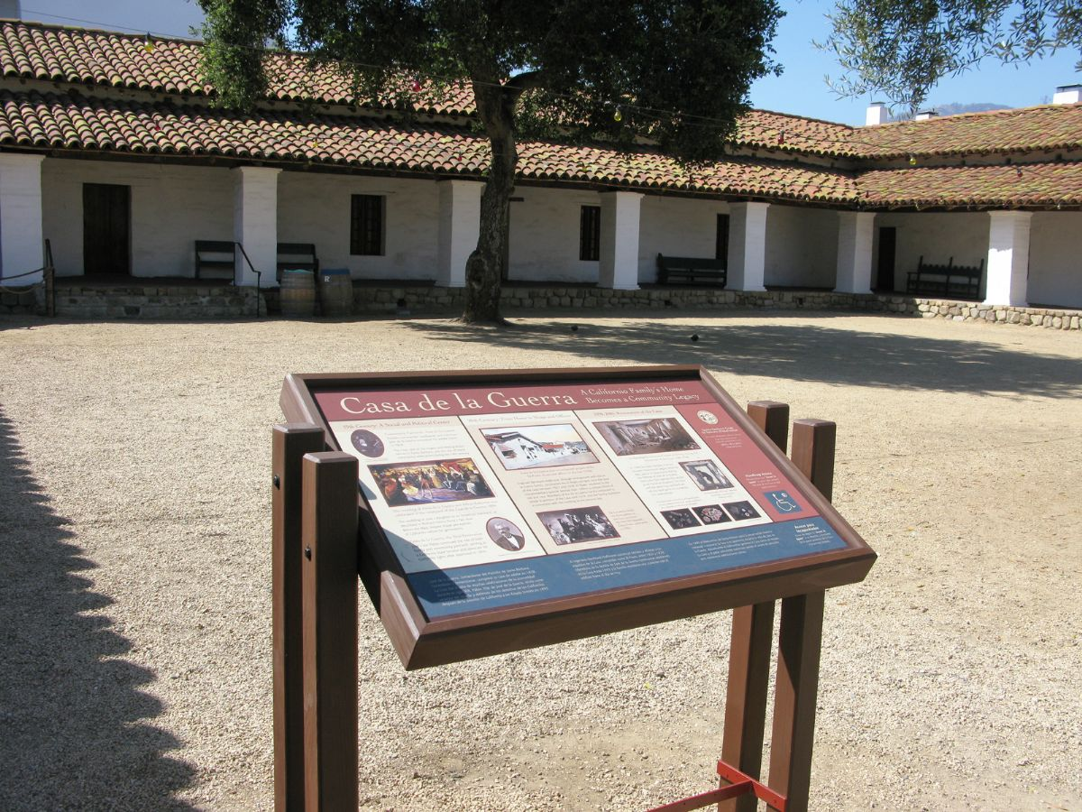 Passport 2 history photo gallery for Casa in stile santa barbara